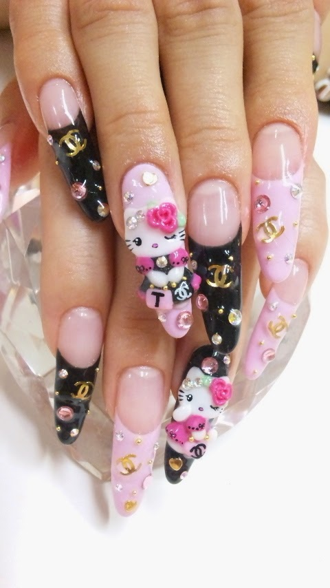 hello kitty nails