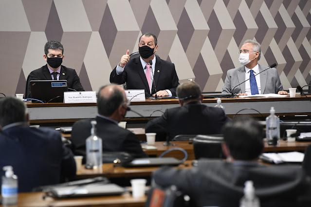 CPI da COVID-19 é formada no senado, com Osmar Aziz na presidência, Randolfe na vice, e Renan Calheios na relatoria