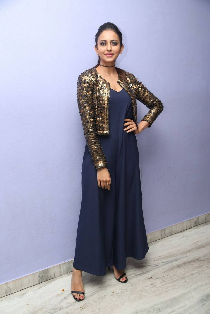 Rakul Preet Singh Stills At Trailer Launch In Blue Gown