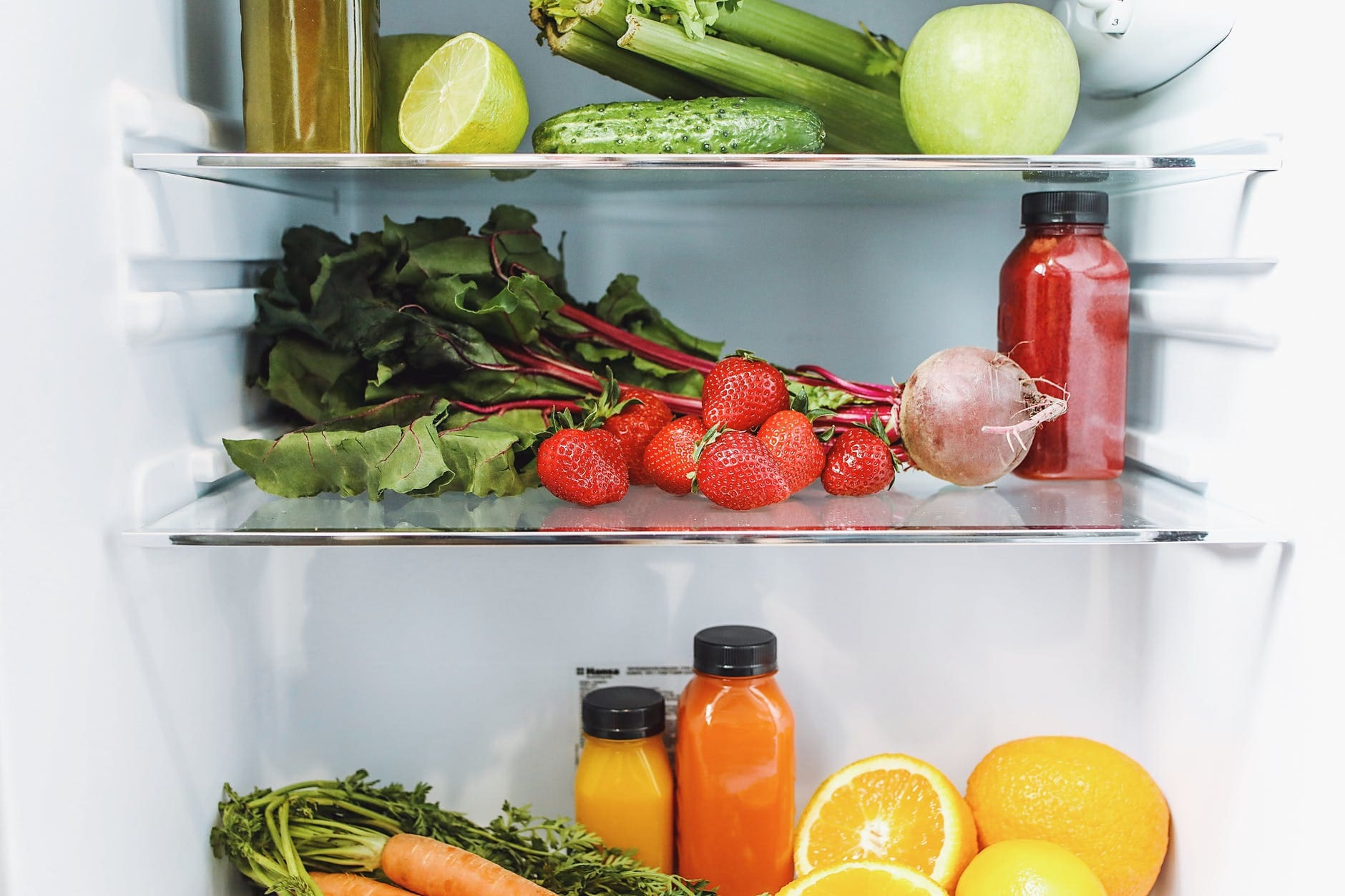 Shelf life of vegetables and fruits in the refrigerator