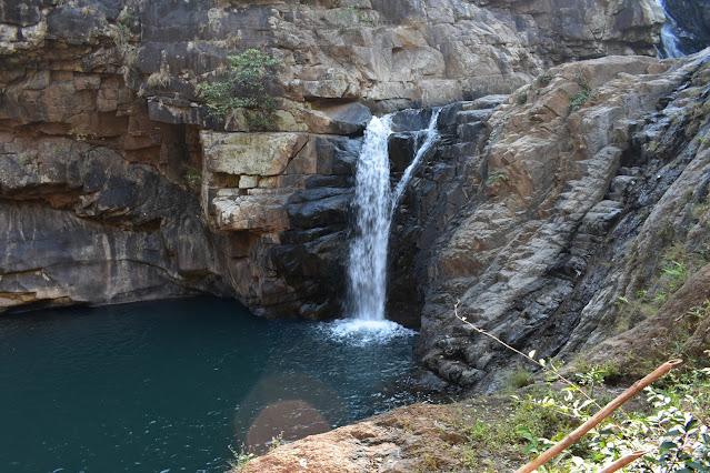 badalgiri waterfall