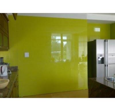 kinh mau trang tri tuong Thi công lắp đặt kính trang trí tường nhà ở, showroom, shop, công ty tại HCM