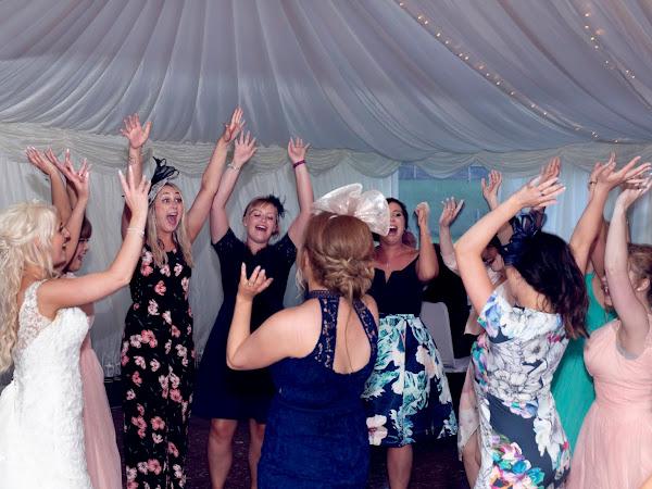 Wedding Planning | Guest Entertainment