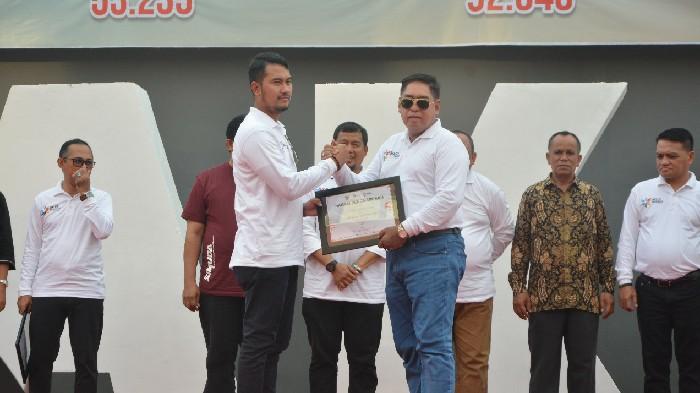 Pemkab Sinjai Raih Penghargaan dari OJK