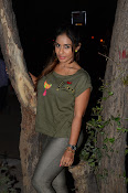 sri reddy latest sizzling pics-thumbnail-1