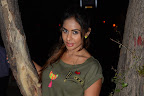 Sri reddy Sizzling photo shoot gallery-thumbnail-cover