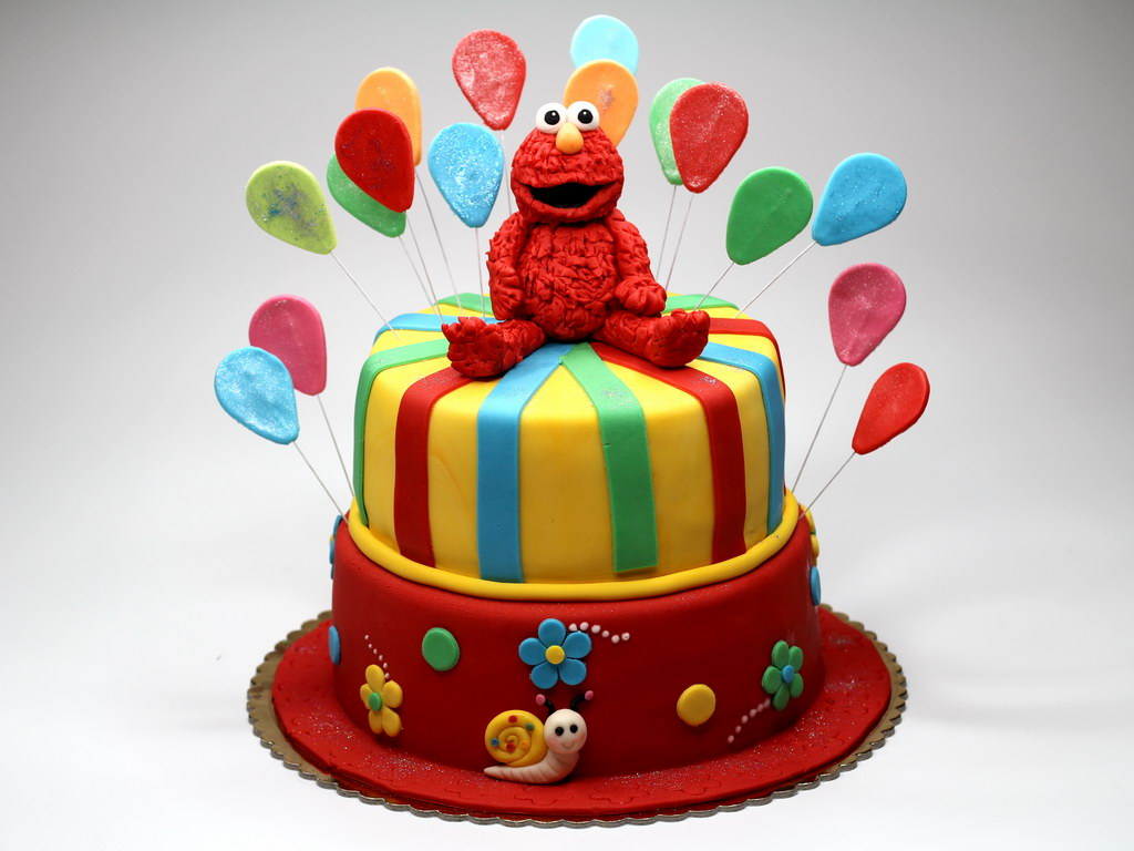 Sesame Street Elmo Birthday Cake London