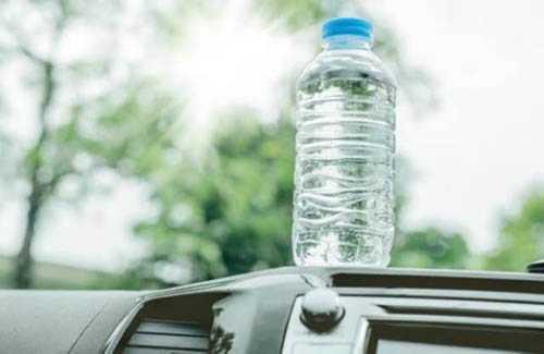 أضرار شرب الماء المعرض للشمس