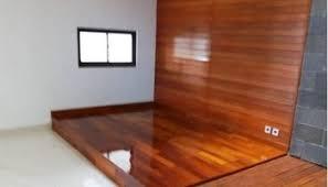 lantai kayu merbau terpasang di hunian