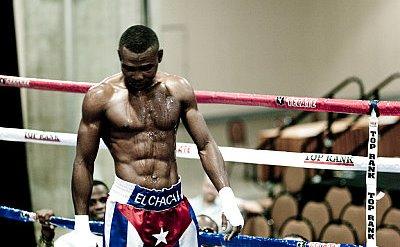 Ni los más cercanos colaboradores de Guillermo Rigondeaux (17-0, 11 KO) pueden negar que la mala suerte persigue al campeón profesional de las 122 libras