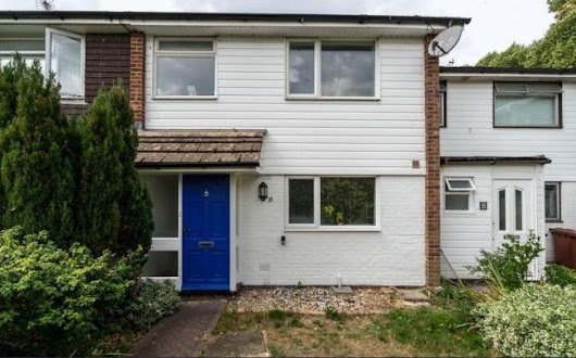 BUY-TO-LET DEAL OF THE WEEK: 3 bed house in Chichester, £285,000, 4.4% yield