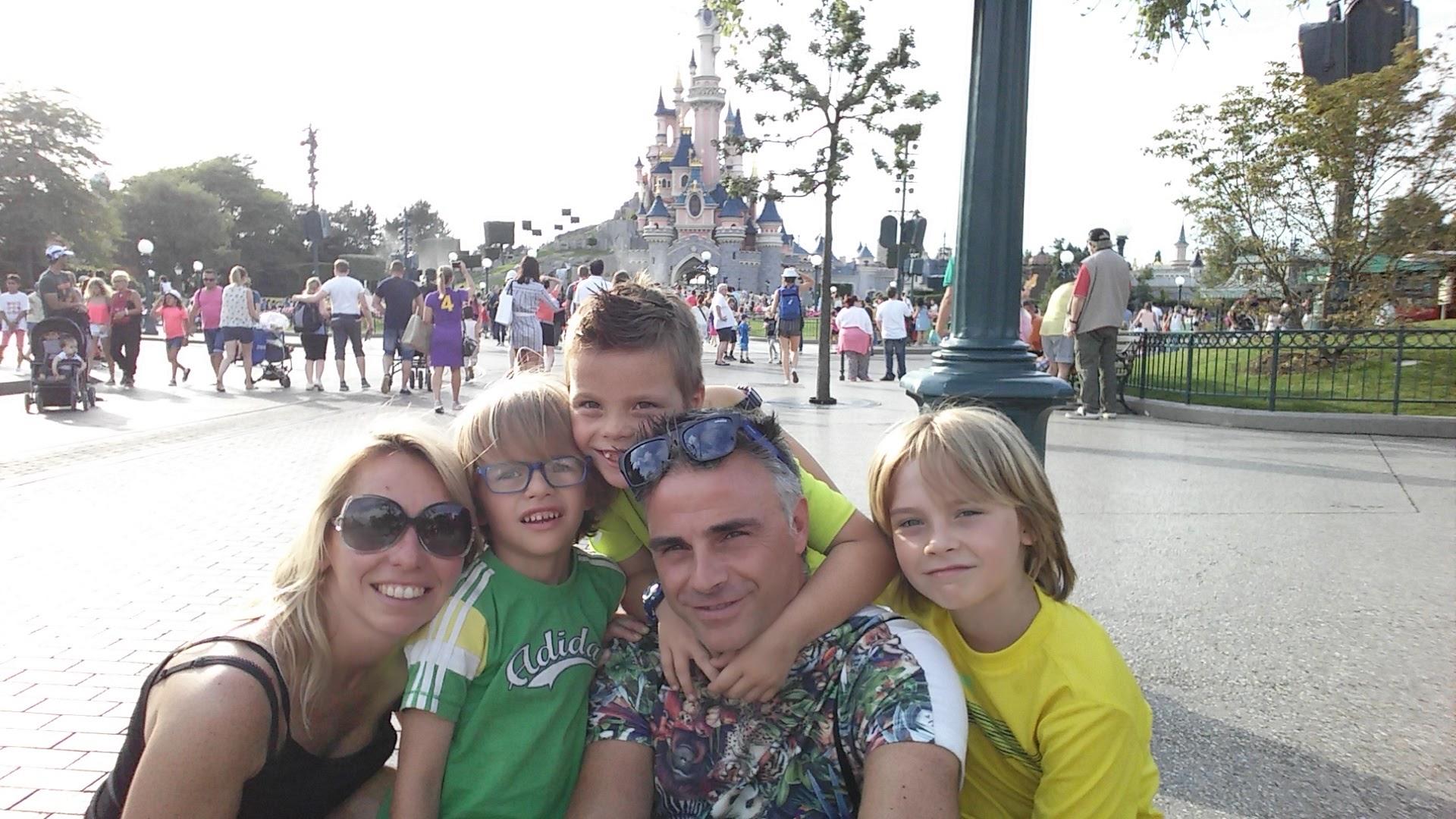 familias numerosas disneyland paris