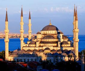7-tempat-wisata-peradaban-bersejarah-negara-islam-di-eropa