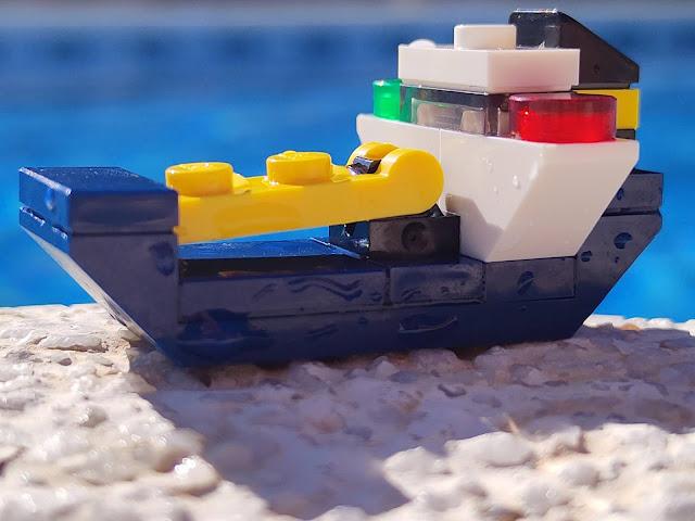 Lego buque exploración mini