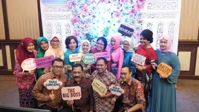 Jasa Photobooth Souvenir Cetak Photo Instant di Tangerang, Photo Booth Harga Murah Ekonomis dan Berkualitas