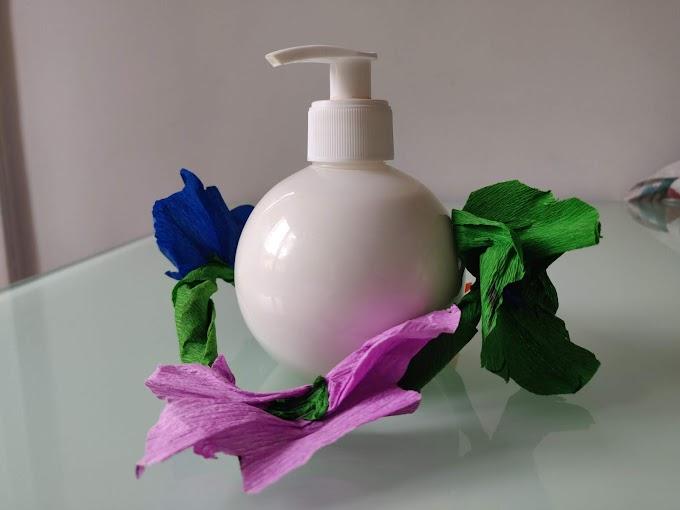 Detergente oleoso per pelle molto secca