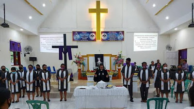 Jemaat Gmim Betel Pintukota Besar Hayati Jumat Agung Dengan Kesungguhan