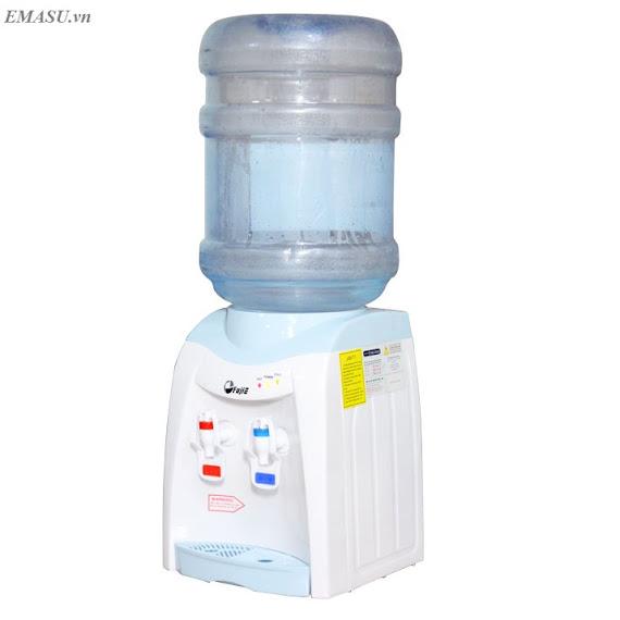 Cây nước nóng lạnh mini FujiE WD1080E làm nóng và làm mát nước để người dùng sử dụng uống trực tiếp hoặc pha trà, cà phê, pha mì…