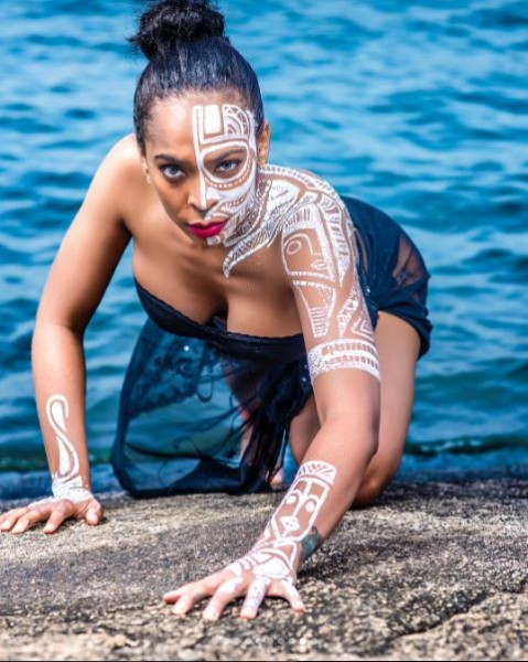 TBoss-topless-photoshoot