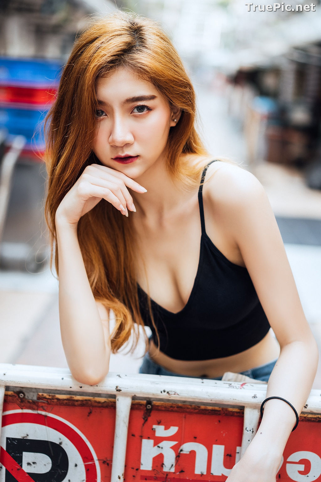 Image Thailand Model - Sasi Ngiunwan - Black Crop Tops and Jean - TruePic.net - Picture-6