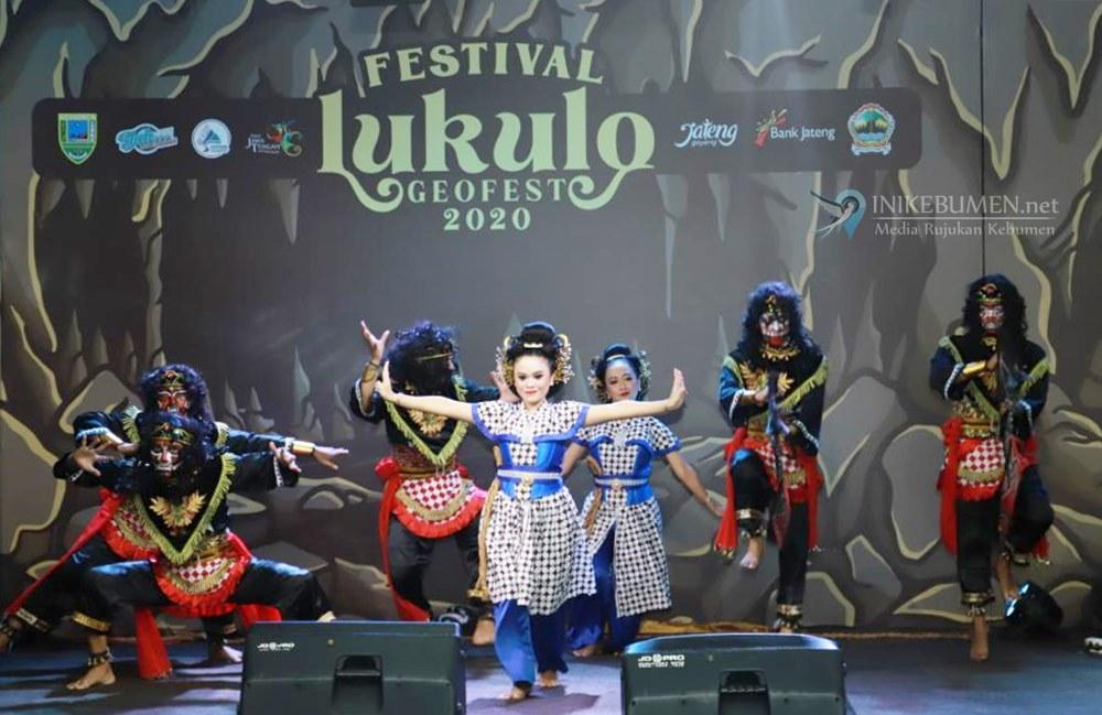 Tari Bumi Tirta Praja Mukti Meriahkan Festival Lukulo 2020