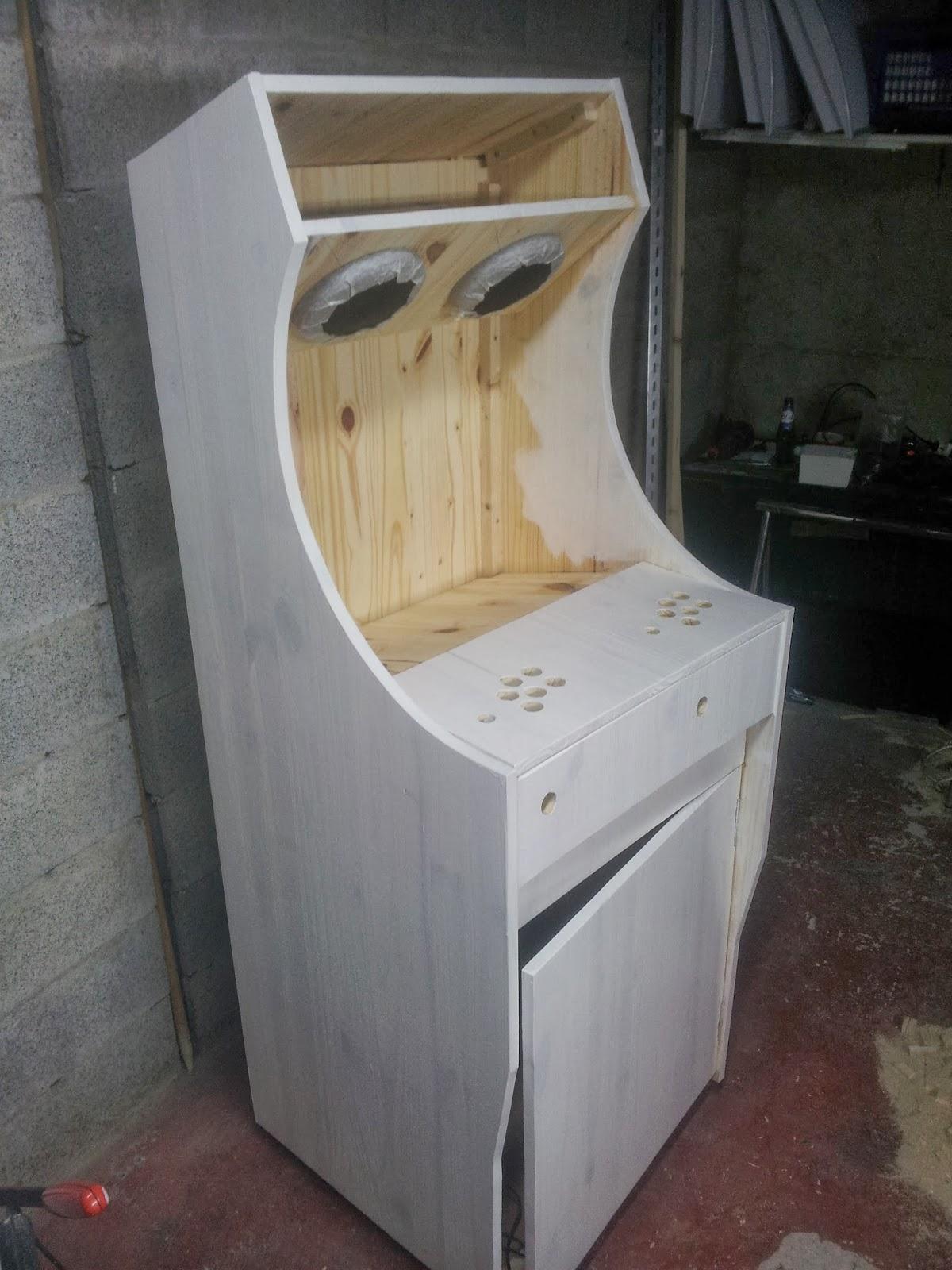 borne arcade bois