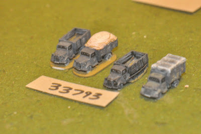 10mm WW2 / german - 4 trucks - vehicles (33793) picture 1