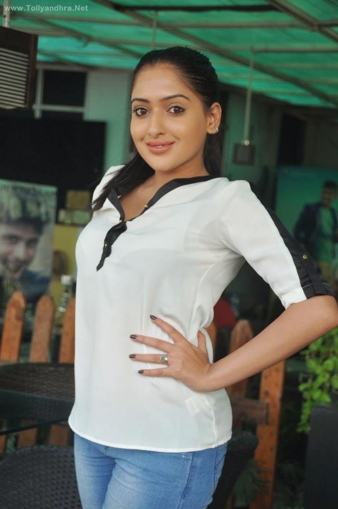 Anjana Deshpande Latest Stills ❤ ❤  ❤