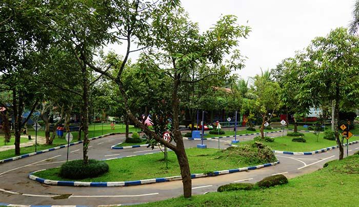 Taman lalu-lintas Sanggaluri