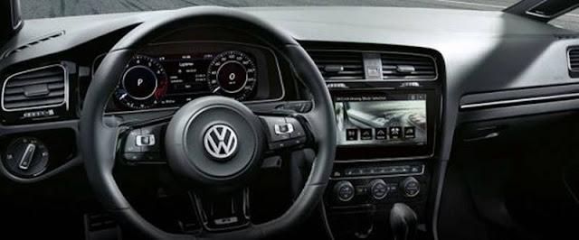 Volkswagen Golf R Variant 2017 - Interior