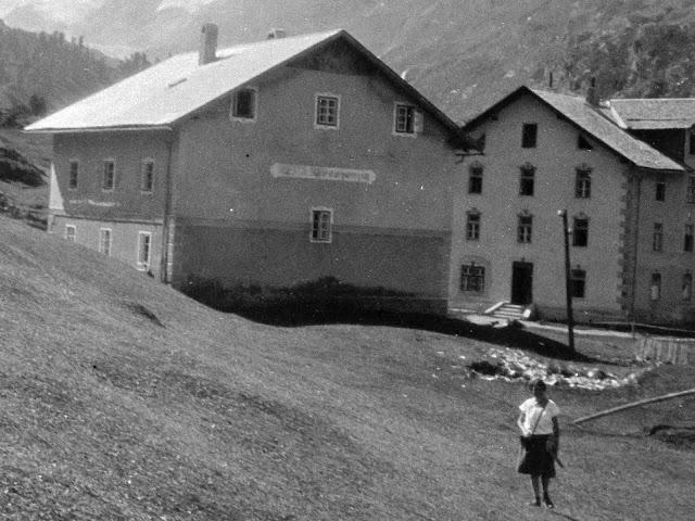Detail - Nebengebäude Gasthof Edelweiss in Obergurgl in Tirol - vermutlich vor 1930