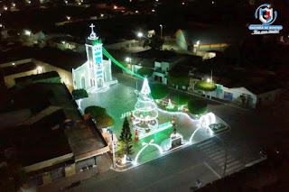 Nelinho Costa anuncia para esta sexta-feira (18), solenidade do acender da iluminação natalina.