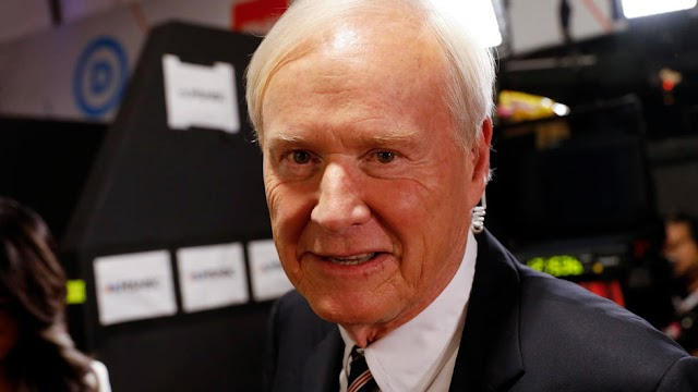 After harassment claims, US TV anchor Chris Matthews retires on air