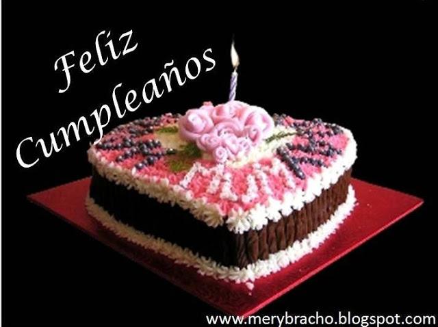 tarjeta con torta de cumpleaños, saludos para felicitar cumpleaños