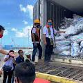 Pengiriman Barang Selayar - Surabaya Dengan Peti Kemas Mulai Beroperasi Di Pelabuhan Benteng