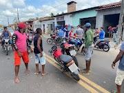 Colisão envolvendo duas motocicletas é registrado no centro da cidade de São João Batista