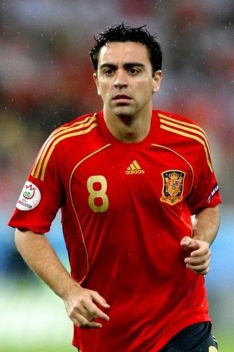 xavi profile and biography profil football player s