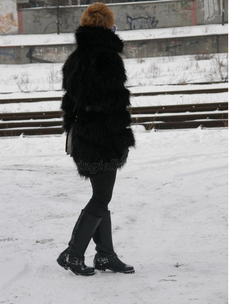 f5000dadcdc8ab Ze względu ,ze zima przyszła mroźna ,myślę ze w bieli nie byłoby mnie widać  w zimowym krajobrazie;)