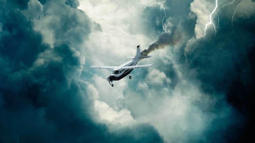Лети или умри - STX Films показала трейлер авиационного триллера «Линия горизонта»
