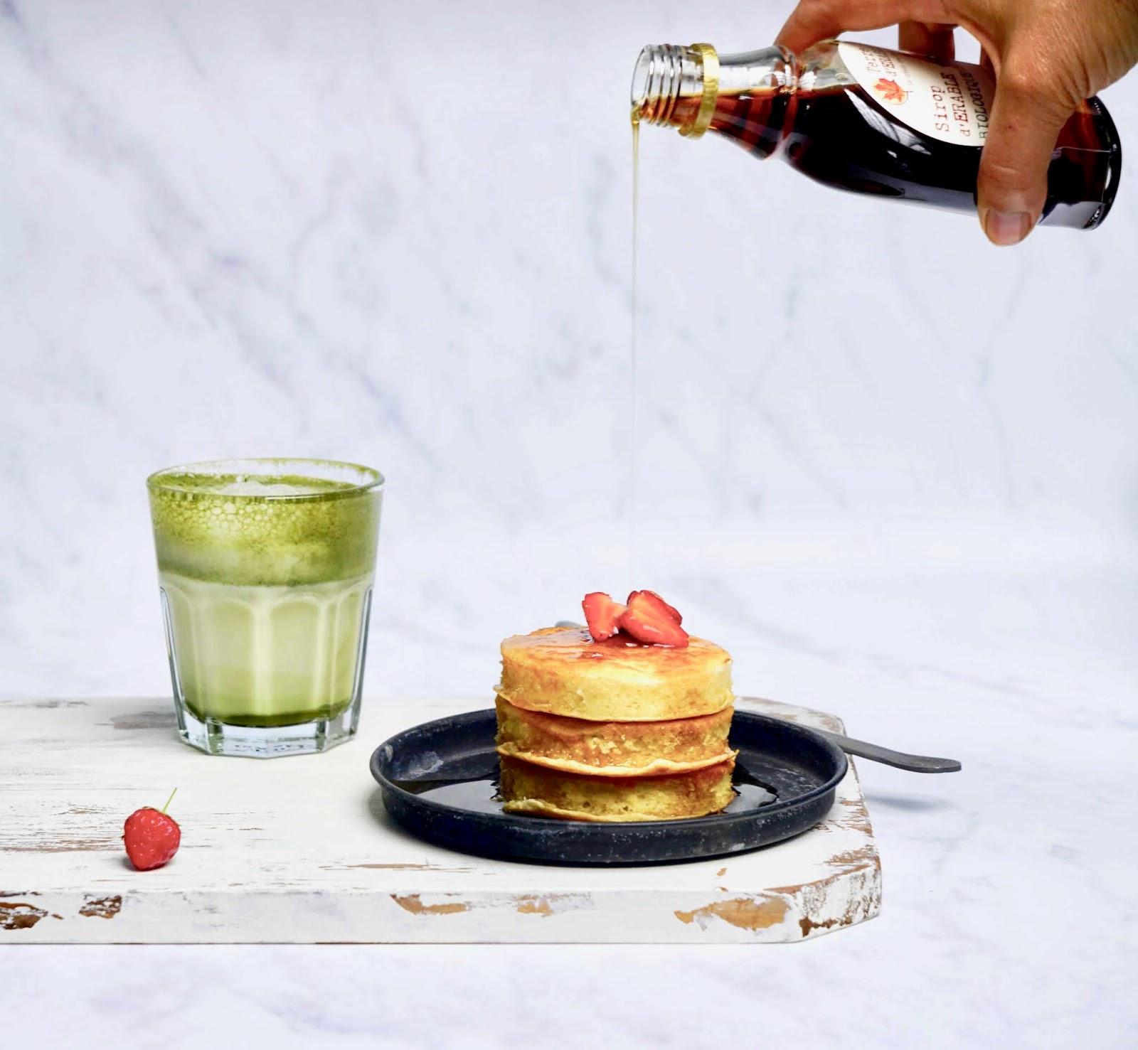 pancakes bien gonflés , petit déjeuner du dimanche