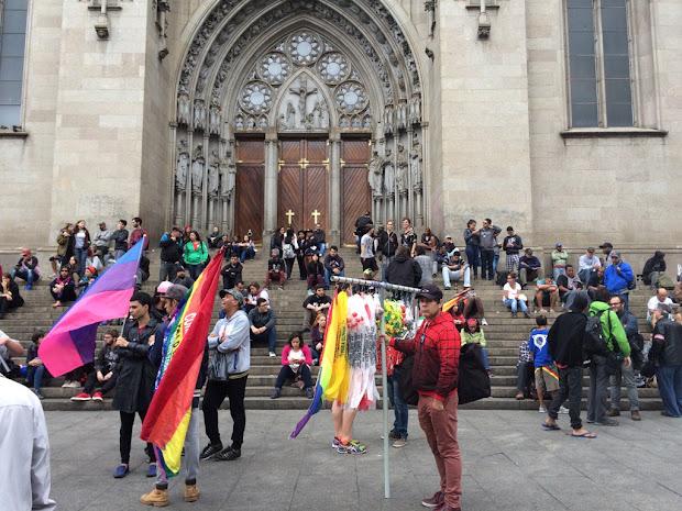 Ativistas LGBT participam atos contra Temer em dez estados e no DF