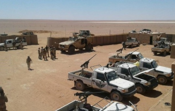 Сирія вимагає від США звільнити базу в Ет-Танфі