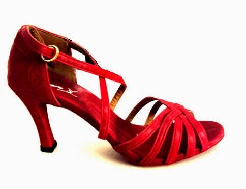08f9ab036d Eu Quero Eu Posso  Sandálias pra dançar