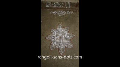 Traditional-rangoli-with-lines-102.jpg