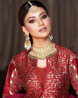 Urvashi Rautela Age, Weight, Height, Biography, wiki, Movies & more