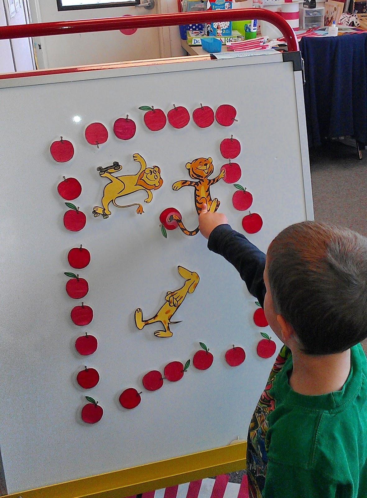The Preschool Experiment Dr Seuss 10 Apples Up On Top