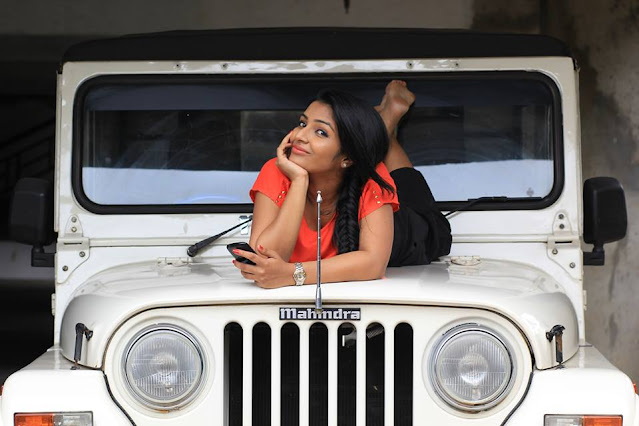 Actress Rajisha Vijayan Latest Image Gallery Navel Queens