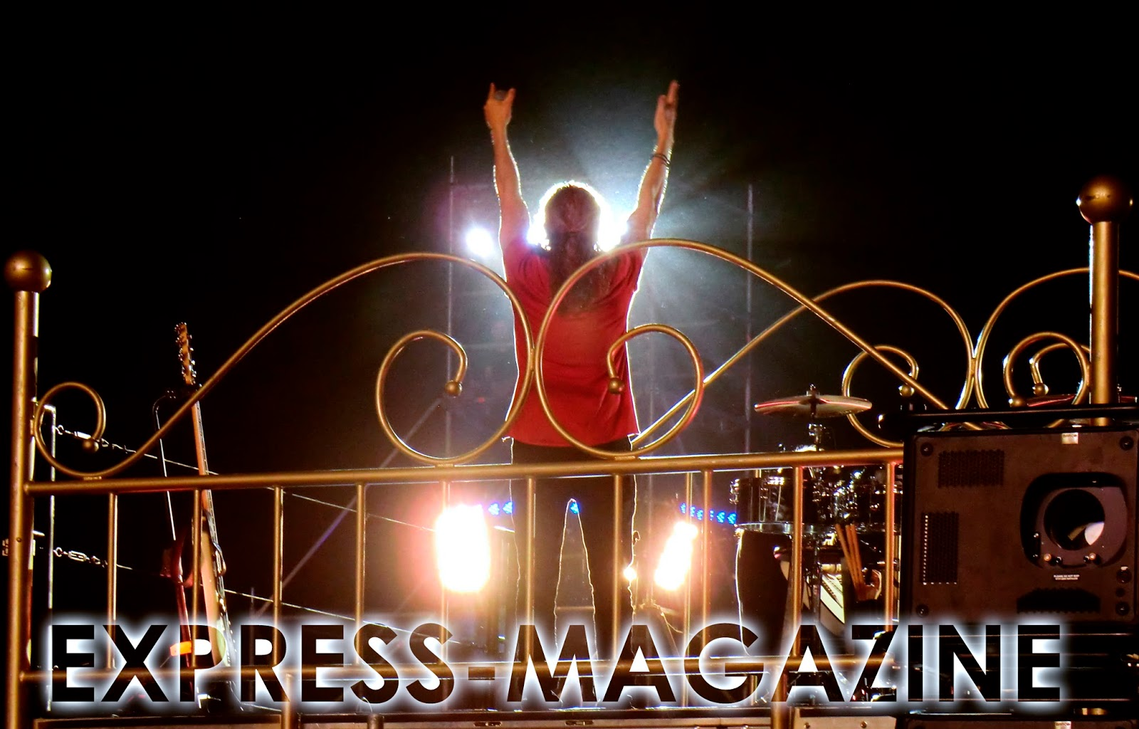EXPRESS MAGAZINE MARINA BAIXA NOTICIAS: agosto 2015