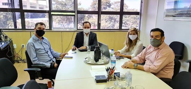 Deputado Iolando tem reunião com o Secretário de Desenvolvimento Urbano do GDF, Mateus de Oliveira, em busca de melhorias para população do DF