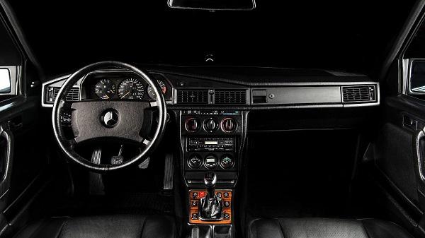 Interior Mercedes Benz 190 E 2.5-16 Evolution II